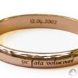 надпись на обручальном кольце: Sic fata voluerunt - Тaк было угодно cудьб
